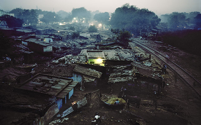 Rakhi Mandi slum, Kanpur, India.